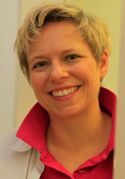 Dr. Angelika Bayer Zahnärztin